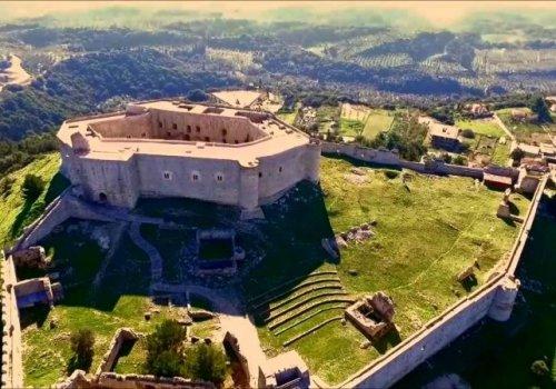 Κάστρο Χελμούτσι